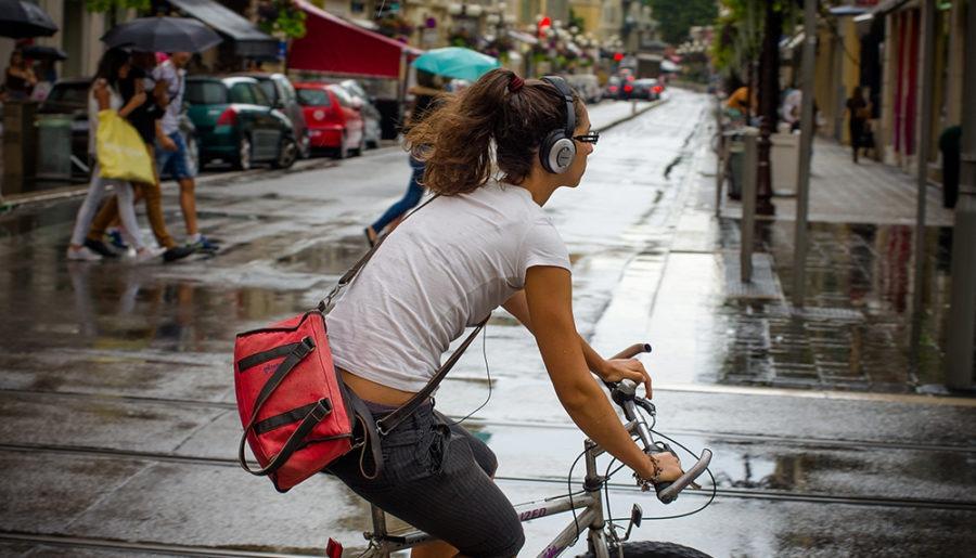 Ποδήλατο πόλης με ασφάλεια: Super tips για ποδηλασία με άνεση!